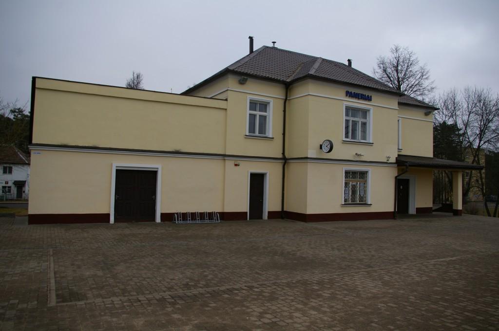 Panerių geležinkelio stotis