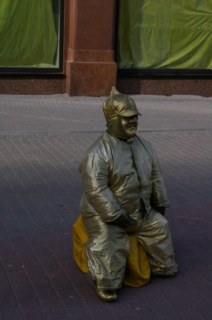 Gyvoji skulptūra Rygos senamiestyje