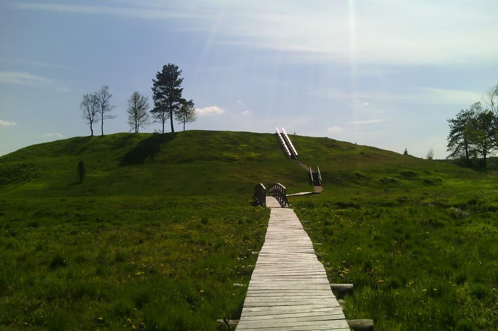 Bėčionių piliakalnis